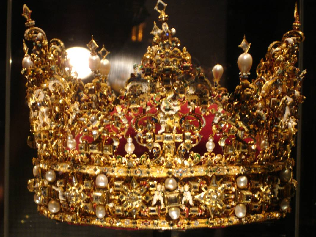 real king crown